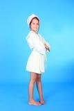 Девушка в робе ванны Стоковая Фотография