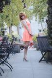 Девушка в старом городке стоковые фотографии rf