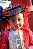 Девушка в традиционном платье в северном Таиланде Стоковое Изображение