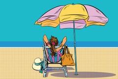 Девушка в deckchair на пляже иллюстрация штока