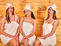 Девушка в sauna Стоковое Изображение