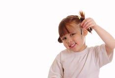 девушка держит ключево немногую Стоковые Фото