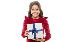 Девушка дня рождения носит присутствующее со смычком ленты Искусство делать подарки Список целей дня рождения что внутренне день  стоковое изображение rf
