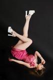 девушка его пиная ноги Стоковое Изображение RF