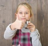 Девушка есть конфету Стоковая Фотография RF