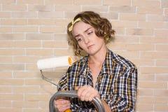 Девушка делая ремонты Стоковая Фотография RF