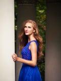 Девушка женщины милая обольстительная славянская стоковые фотографии rf