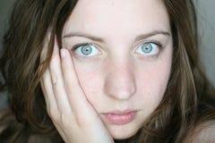 девушка задумчивая Стоковые Фото