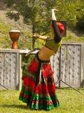 Девушка исполнительницы танца живота Стоковое фото RF