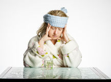 Девушка испытывает мигрень Стоковое Фото