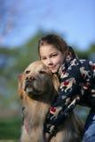 Девушка и ее собака стоковое изображение rf