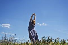 Девушка и небо Стоковая Фотография RF