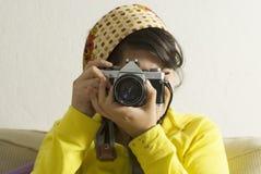 девушка камеры стоковые фотографии rf