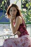 девушка кафа Стоковая Фотография