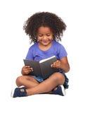 девушка книги меньший студент чтения Стоковое Фото