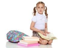 девушка книги немногая Стоковое фото RF