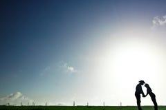 девушка ковбоя предпосылки Стоковые Фото