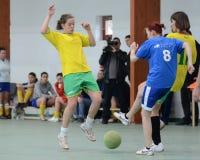 девушка конкуренции futsal Стоковые Фотографии RF