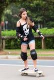Девушка конькобежца стоковое изображение rf