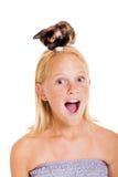 Девушка котенка предназначенная для подростков Стоковые Фотографии RF