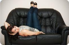 девушка кресла Стоковое Изображение