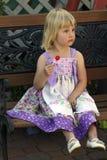 девушка меньший lollipop милый Стоковая Фотография RF
