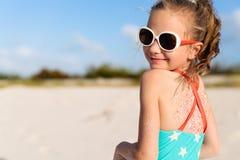 девушка меньшяя каникула стоковое изображение