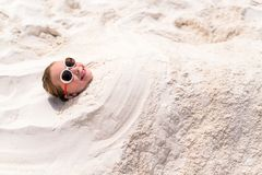 девушка меньшяя каникула стоковое изображение rf