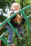 девушка меньшяя спортивная площадка Стоковые Фото