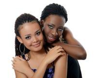 Девушка мулат и черная девушка Стоковые Изображения