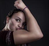 Девушка мышцы Стоковое Изображение RF
