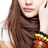 девушка над подростковой белизной Стоковые Изображения