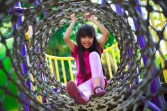 Девушка наслаждается сыграть Стоковое Изображение RF