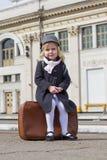 Девушка на вокзале Стоковое Фото