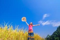 Девушка на золотых террасах Стоковая Фотография RF