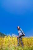 Девушка на золотых террасах Стоковые Фото