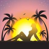 Девушка на заходе солнца Стоковые Фото
