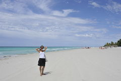 Девушка на пляже Стоковая Фотография RF
