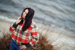 Девушка на реке Стоковое Изображение RF