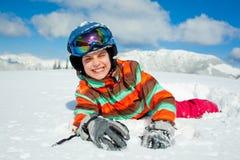 Девушка на лыжах. Стоковое Изображение RF