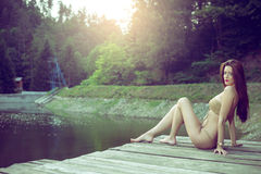 Девушка на monokini озера нося Стоковое фото RF