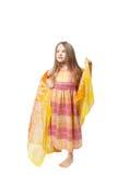 девушка немногая представляя белый желтый цвет Стоковое фото RF