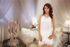 Девушка ориентации моды с передним представлением стоковые изображения