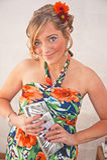 Девушка партии с цветками в ее волосах Стоковое фото RF