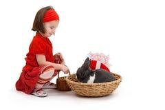 девушка пасхи зайчика немногая Стоковые Фото