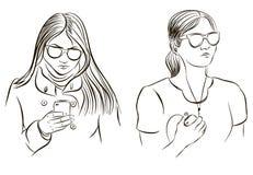 Девушка пишет sms девушка слушает к музыке иллюстрация штока