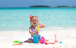 девушка пляжа младенца Стоковое Фото