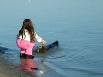 девушка пляжа стоковая фотография rf
