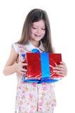 девушка подарка объятия стоковая фотография