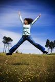 девушка поля счастливая Стоковое Фото